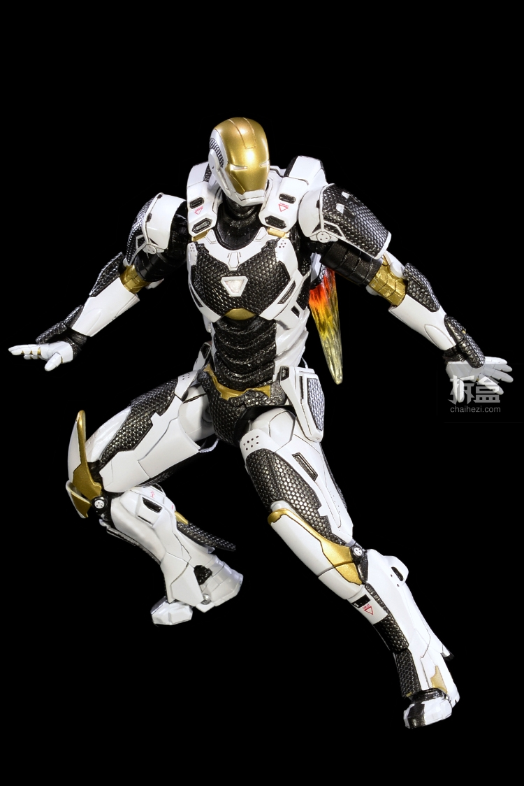 comicave-ironman-toysdaily (10)