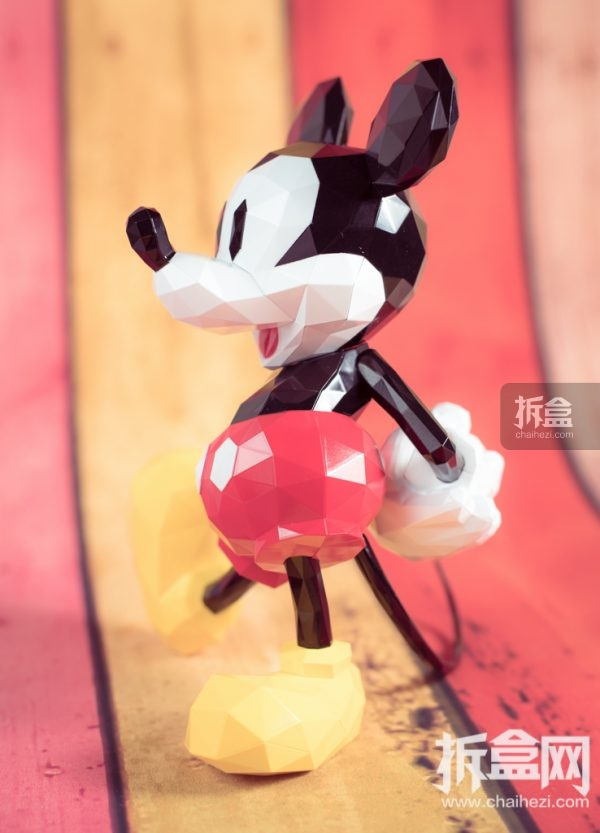 sentinel-polygo-mickey-out-17