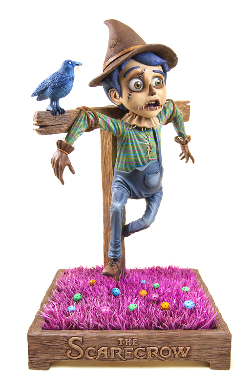 """The Scarecrow 稻草人雕像 L13'' x W13''  x  H22""""  Epoxy Clay, Acrylic paint, Faux grass, Glass eyes  $7,000美元,黏土材质"""