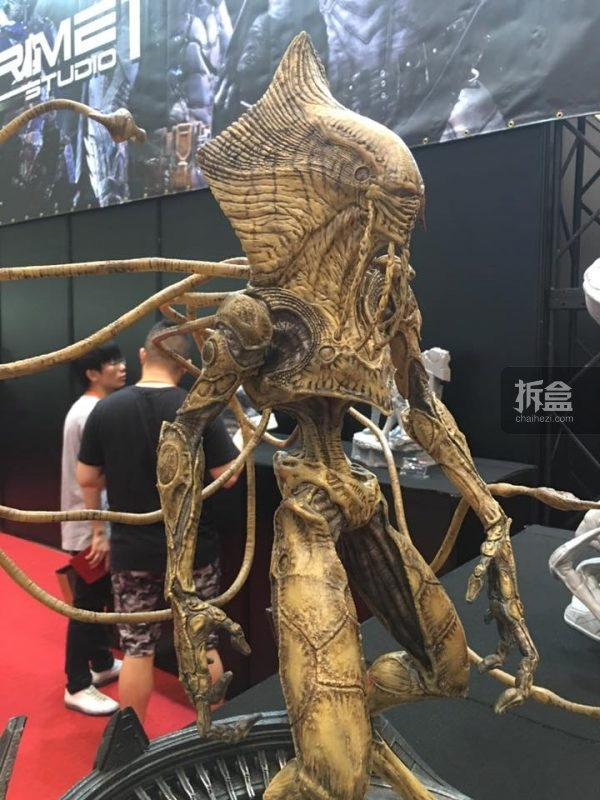 2016WFS-P1S-id2-statue-8