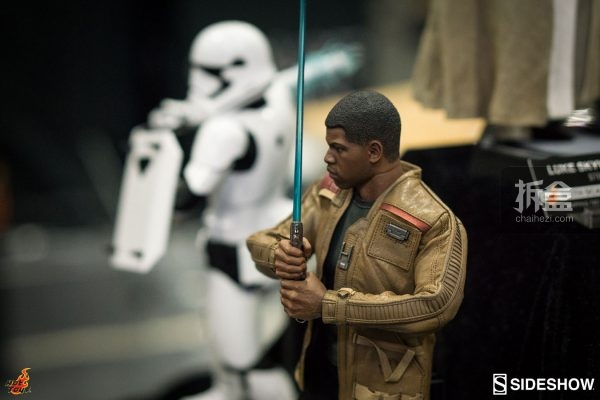 hottoys-sdcc-2016-starwars-49
