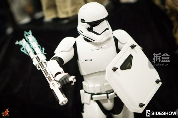 hottoys-sdcc-2016-starwars-70