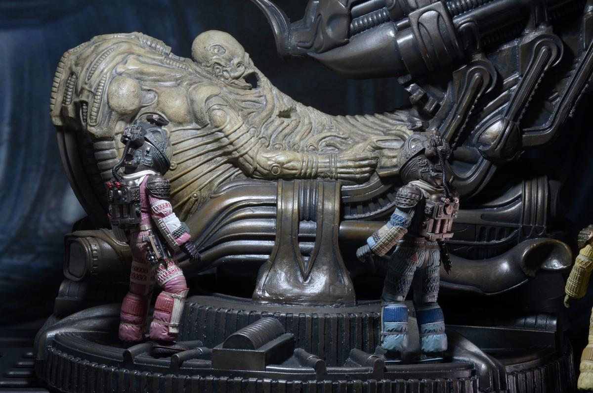 NECA-Alien-Space (3)