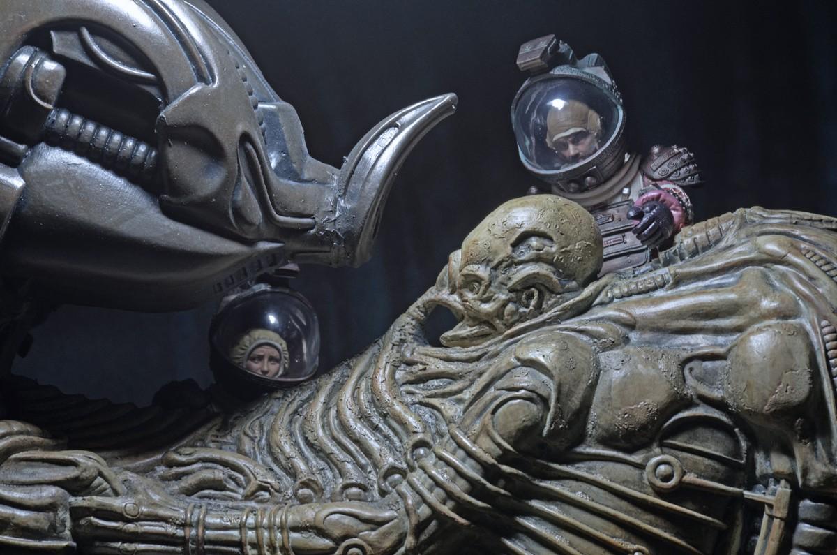 NECA-Alien-Space (6)