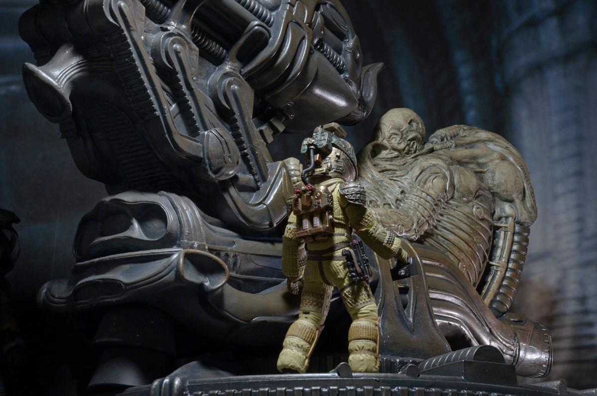 NECA-Alien-Space (7)