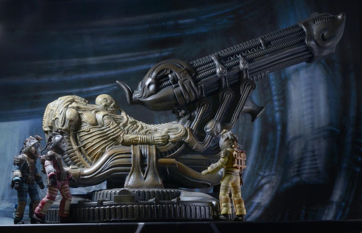 NECA-Alien-Space (8)