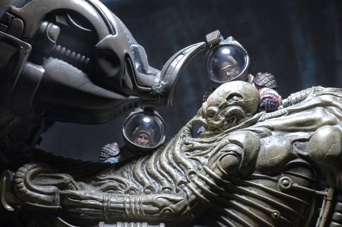 NECA-Alien-Space (9)