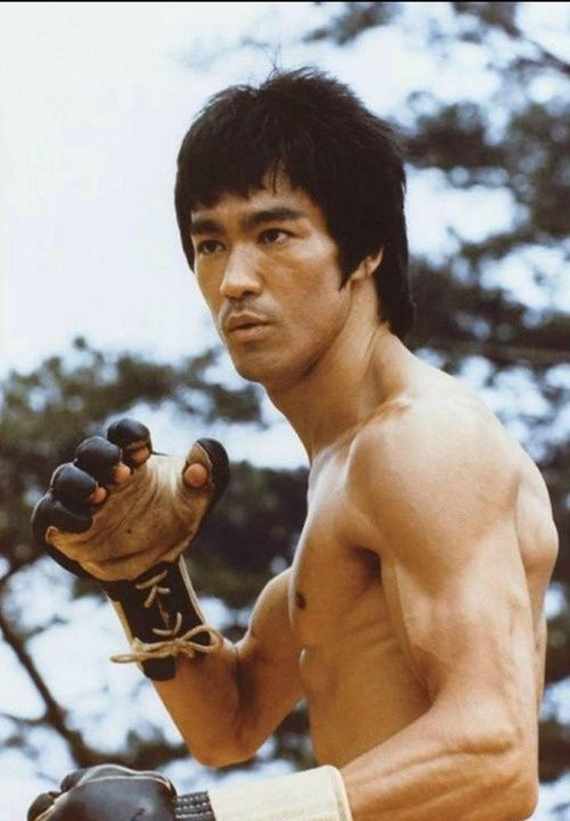 Storm Toys-Bruce Lee  (2)