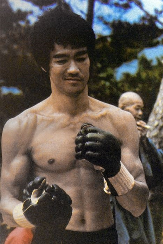 Storm Toys-Bruce Lee  (3)