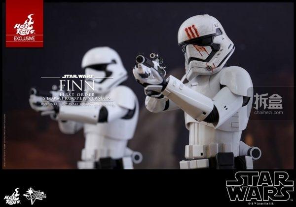 ht-disneyex-finn-stormtrooper-4