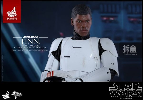 ht-disneyex-finn-stormtrooper-5