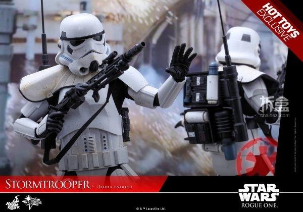 stormtrooper-jedha-patrol-1