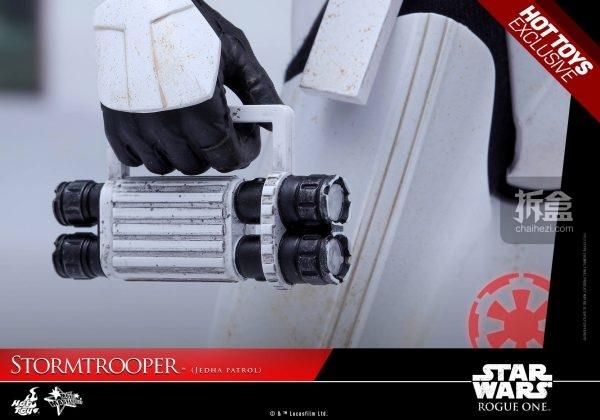 stormtrooper-jedha-patrol-14