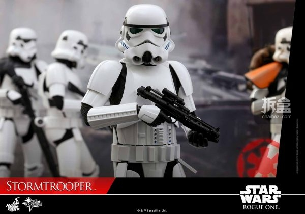 ht-rogueone-stormtrooper-7