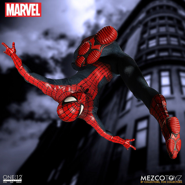mezco-marvel-spider-man-1
