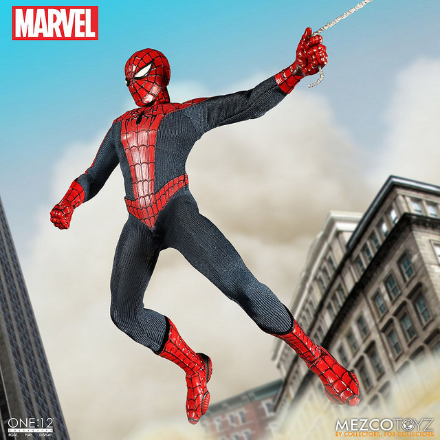mezco-marvel-spider-man-10