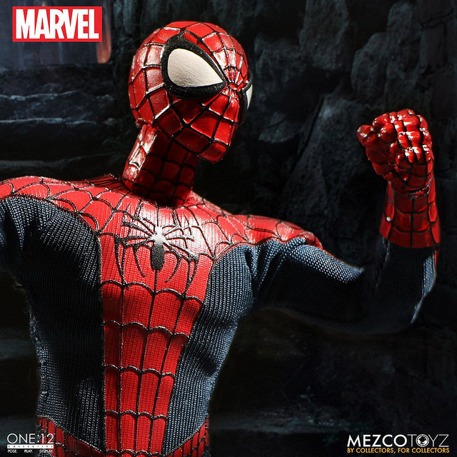 mezco-marvel-spider-man-3