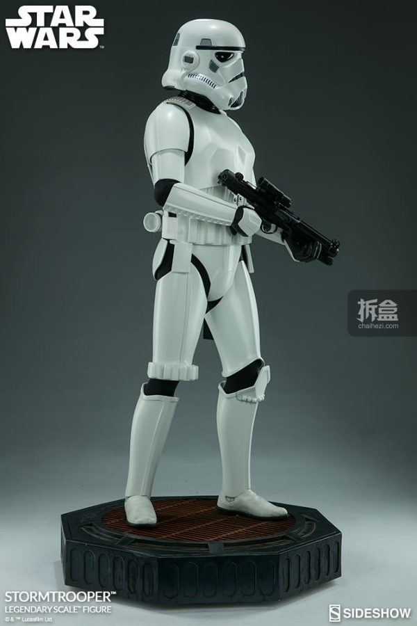stormtrooper-legendary-scale-7