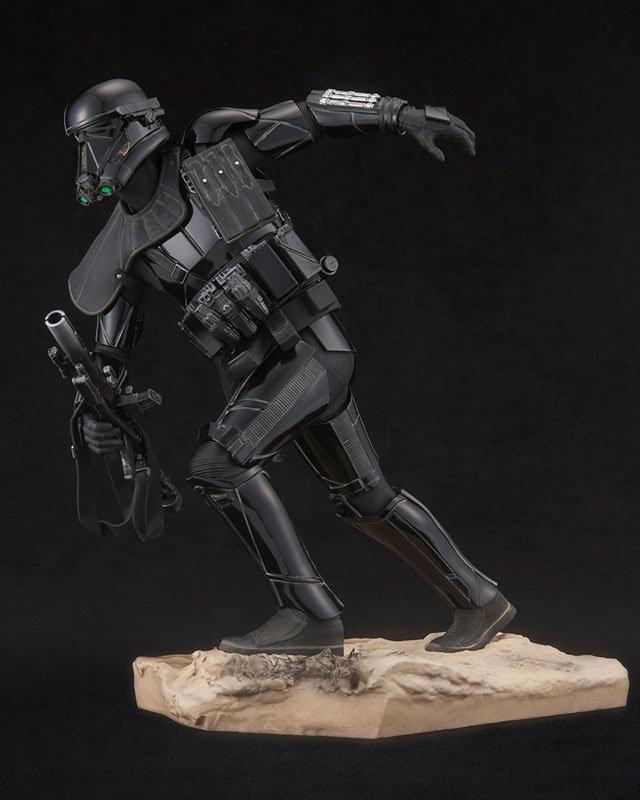 kotobukiya-deathtrooper-2