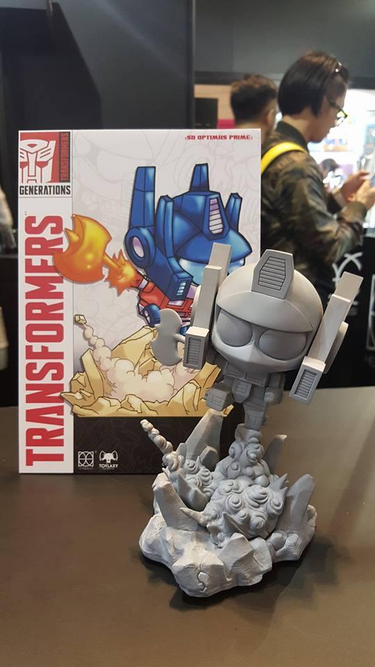 toylaxy-optimus-1