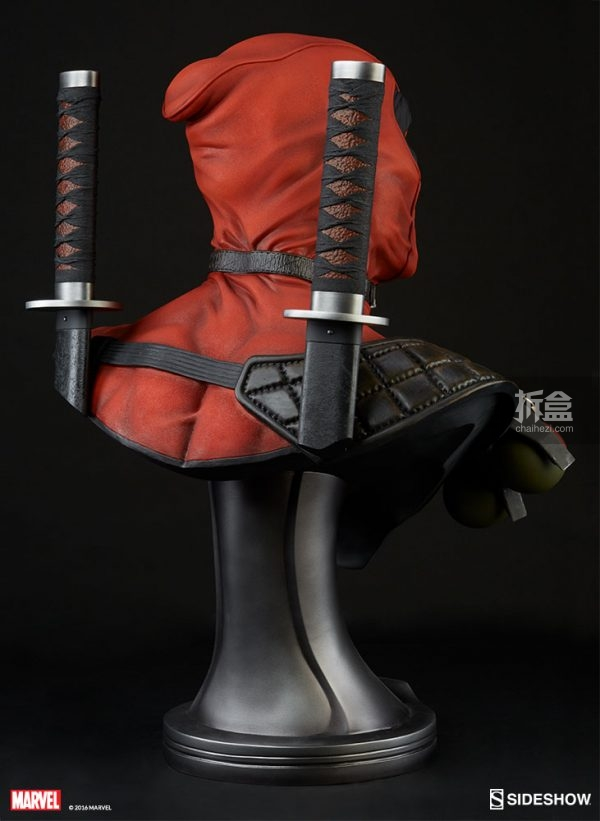 deadpool-bust-3
