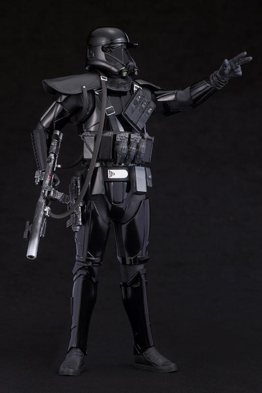 kotobukiya-death trooper (11)