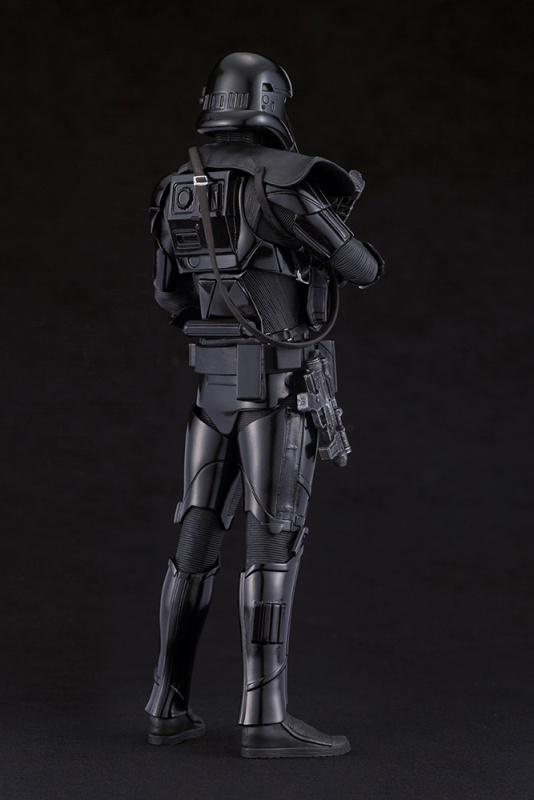 kotobukiya-death trooper (3)