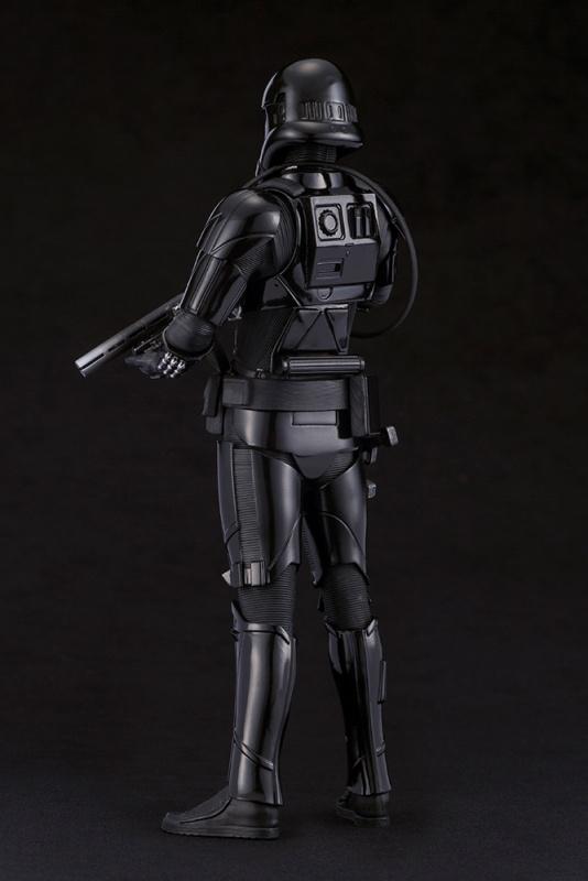 kotobukiya-death trooper (7)