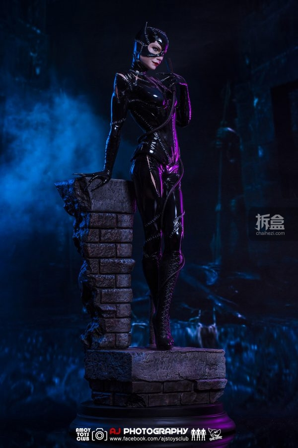 sideshow-catwoman-aj-3